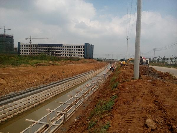 丹阳肖村溢洪河(空中纤维段)河道治理项目